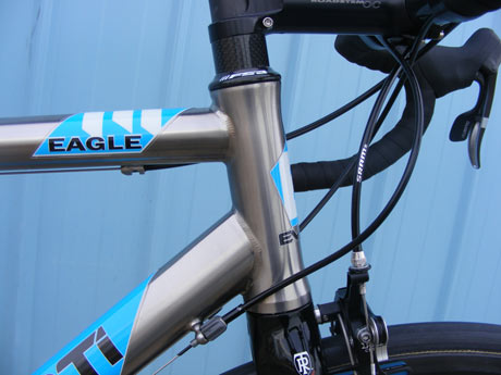 Everti Titaium Bicycle: Eagle
