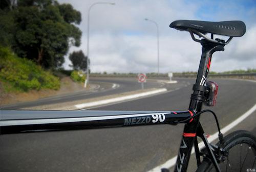 Azzurri Mezzo 90 Road Bike
