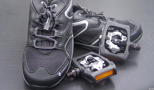Shimano Click R Commuter Shoes and Pedals