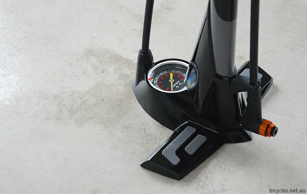 Aero Floor Pump